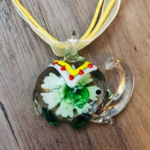 New Murano like glass elephant pendant with flower